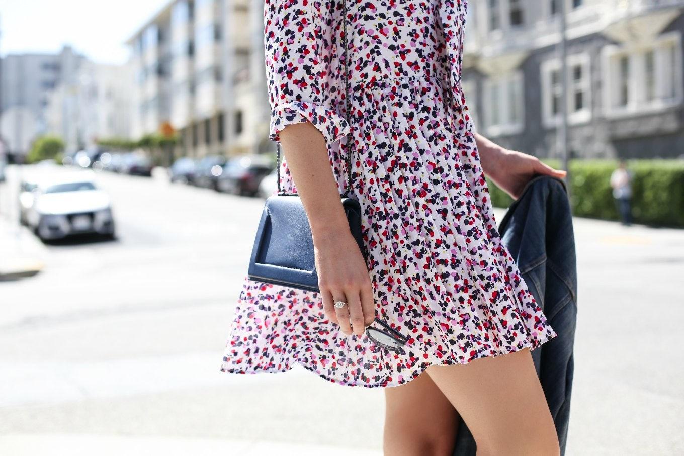 confettie-pink-navy-pleated-drop-waist-tie-neck-dress-navy-suede-wedge-sandals-san-francisco-fashion-style-blog-mary-orton2-680x4542x