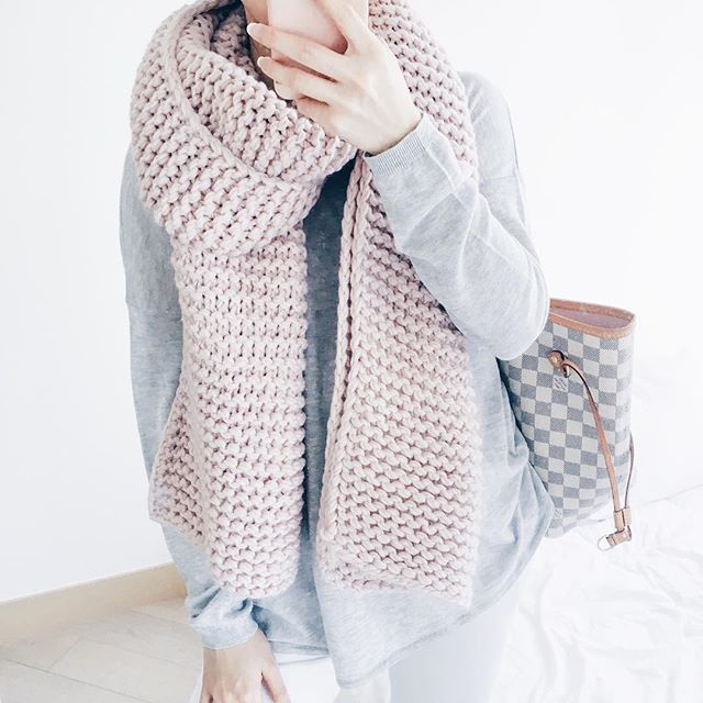 goodnight-macaroon-pink-scarf